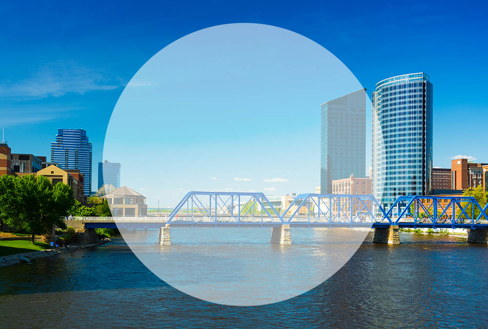 view of the Grand Rapids skyline featuring the blue water bridge